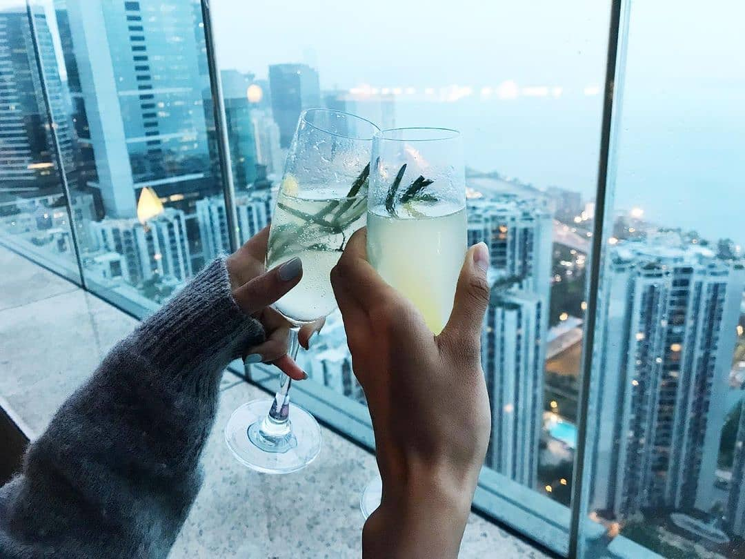 The rain is gone! Grab your favourite drinking buddy and enjoying a drink at Sugar. We are open daily from 3:00pm to 10:00pm.  📷: @_bonewhite  #atEAST #PlayatEAST #SugarHongKong #EASTHongKong