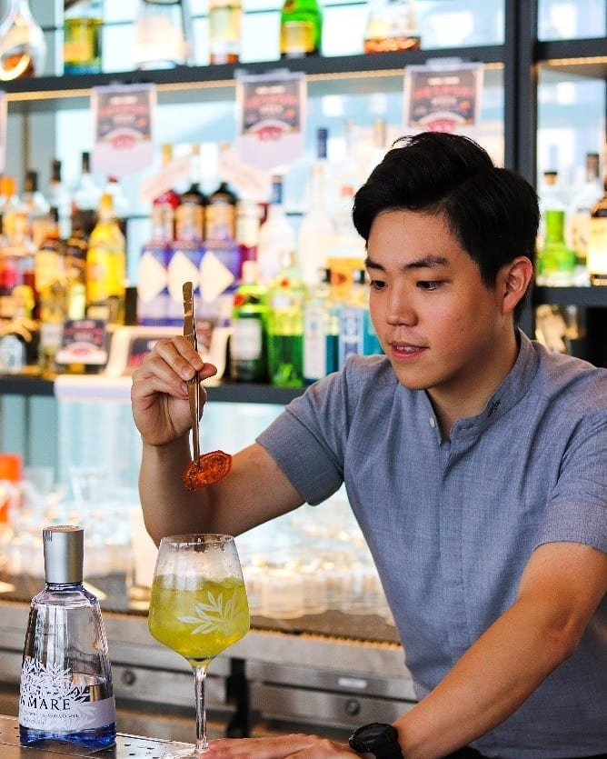 Take a sneak peek at our talented mixologist Alvin's creation - When Life Gives You… for the Diageo @worldclasshkmo 2021 contest today!  Good luck Alvin!  #atEAST #PlayatEAST #SugarHongKong #EASTHongKong #worldclasshkmo2021 #worldclass2021