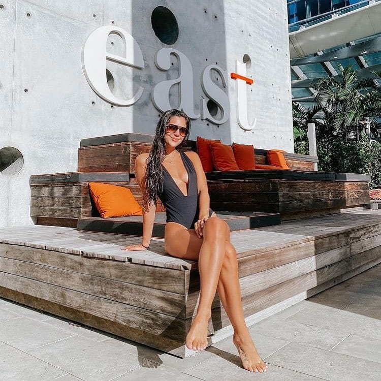 Poolside vibes all day every day !  It's time to soak in the sun and have a relaxed day by the poolside #atEAST.  @allisonmesserrr  #atEAST #EASTMiami #EASTHotels #miamihotels #destinationhotels #wanderlust #traveller #luxuryworldtraveler #luxurydestinations #lifestylehotels #poolsidevibes #pooltime